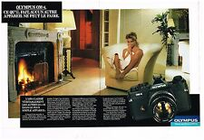 Publicité Advertising 1983 (2 pages) Appareil photo Olympus OM-4