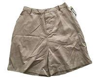 Keneth Too! Woman Beige Walking Shorts Flat Front Elast Back Size 22W 32-36W NWT