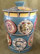 George Horner Co England Biscuit Sweets TIN w/ Antique China PLATES Imari Export