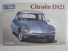 Citroen DS21  EBBRO Bausatz  Maßstab 1:24  OVP  NEU