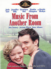 MUSIC FROM ANOTHER ROOM JUDE LAW  LIKE NEW IN ORIGINAL CASE DVD