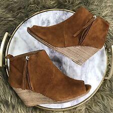 Dolce Vita Sz 7.5 M Brown Tan Suede Leather Peep Toe Zip Wedge Heel Ankle Boots