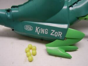 1962 Ideal King Zor Robot Dinosaur 6 pack Grenades ONLY. NO RESERVE