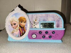 """Vintage Disney Frozen  """"Let It Go"""" Alarm Clock Elsa Anna & Olaf Lights Up Works!"""