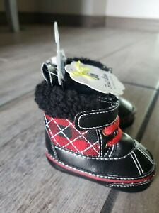 First Steps Black & Red Plaid Booties Size 1 (0-3 Months) NWT