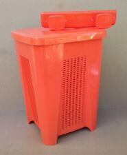 Panière à linge SYLA orange vintage + porte manteaux SYLA orange salle de bain
