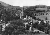 B106281 France Lourdes La Basilique et le Monument real photo uk
