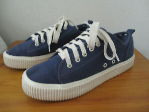 Mens/youth NEXT Blue thick soled sneakers / trainers/ plimsols U.K. 6.5 (EUR40)