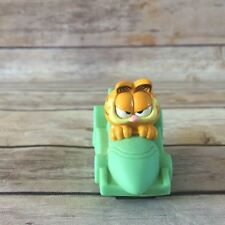 Vintage 1996 PAWS Garfield in Race Car Eat my Dust marked  KB  01 01 Vtg