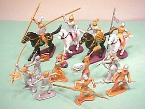 Medieval 54mm 1/32 Plastic Knights And Armor Set No. 21 New!
