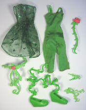 Mattel DC Super Hero High Poison Ivy Signature Outfit Doll Clothes and Shoes