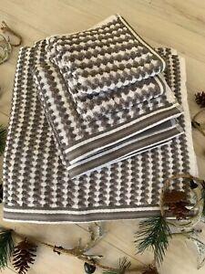 CARO Home 6PC Lace Pattern Stripe Bath Towels Set 100% Cotton- Dark Gray, White
