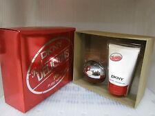 DKNY RED DELICIOUS DONNAKARAN NEW YORK 2 Pcs Gift Set :1.7 EDP Spray +3.3 Lotion