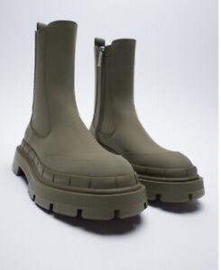 Zara low heel rubberised platform ankle boots Size 38/7.5 3112/710 Green