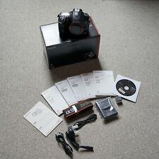 Sony Alpha slt-a99v 24.3 Mp Slr-Appareil photo numérique-Noir (seulement Boîtier)