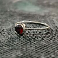 Garnet Stone Solid 925 Sterling Silver Band Ring Meditation Ring Size ra 614
