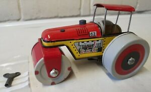 METALOGLOBUS ~ Vintage 1970s Romanian Tin Toy TRACTOR COMPACTOR~ Made in Romania
