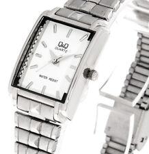 Q&Q by Citizen Damenuhr Q409-201Y Farbe silber Edelstahlband Armbanduhr mit Box