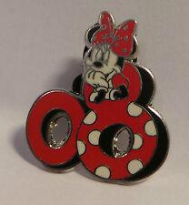 Disney Pins / Badges: Minnie Mouse 08