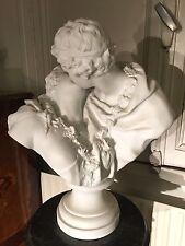 Biscuit le baiser donné d'après Jean-Antoine Houdon