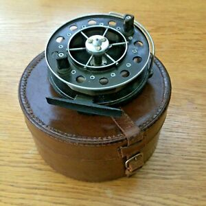 BLOCK LEATHER CASE FOR REEL/ TACKLE