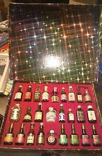 """Lotto/Stock/Vini/Whisky/Liquore""""COLLEZIONE SCATOLA 26 BOTTIGLIE MIGNON""""Anni 70"""