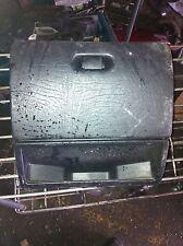 SEAT Cordoba 1997 boîte à gants montage