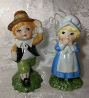 Vintage Hand Painted Ceramic Pilgrim Boy & Girl Thanksgiving Decor Figurines