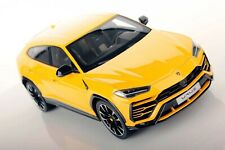LAMBORGHINI URUS SUV YELLOW 1:18 DIECAST MODEL CAR BY BBURAGO 11042