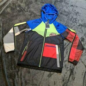 Nike RARE Wildrun Tartan Patch Windrunner Size Large As worn By Meekz