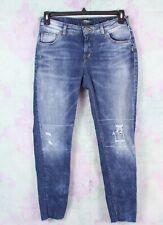 Silver Jeans 29 Distressed Ripped Moto Girlfriend Raw Hem Skinny Jeans Buckle