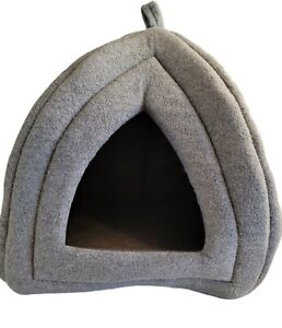 PETMAKER Cozy Kitties Tent Igloo Plush Cats Bed Comforting Covered Space Gray