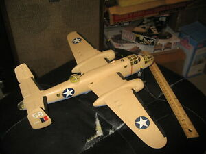 "Pro Built ""Pink Petunia"" North American B-25 Mitchell in 1/48 scale - Awesome!"
