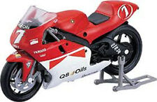 NEW MAJORETTE 1:18 Diecast MOTO GP CHECA YAMAHA 500 YZR 2000 MODEL MOTORCYCLE