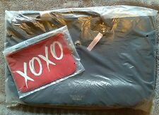Victoria's Secret Valentine Black Tote and Red Make Up Bag  XOXO NWT