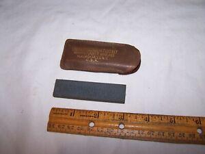 Vintage THE CARBORUNDUM COMPANY Pocket Sharpening Wet Stone NIAGARA FALLS NY USA