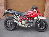 2008/08 Ducati Hypermotard 1100 S with 9,200m in Red