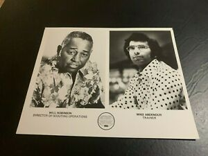 1975 Detroit Pistons Will Robinson Mike Abdenour Basketball Team Issue