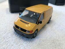 NZG 420/421 Mercedes Benz Vito Transporter Kasten Gelb Händlermodell 1:43 m. OVP