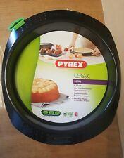 BNWT Pyrex Round Metal baking tray Cake pan 20 cm Practical handles
