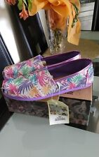 NIB Authentic Toms YOUTH Classic Palms Slip-On Shoes. Size 5,5