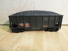 HO SCALE WEATHERED 2 BAY HOPPER WITH COAL LOAD AND KNUCKLE COUPLERS  NICE CAR