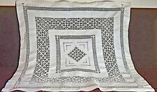 VINTAGE ANTIQUE LINEN LACE TEACLOTH HANDMADE UU399