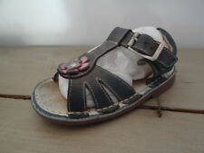 Sandalettes fillette bleu marine  avec fleur rose Taille 25