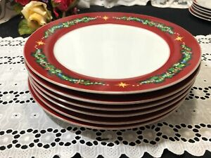 """Set of 6 JC Penney Home """"Christmas Tree Garland"""" Red Dinner Plates 10 1/2"""""""