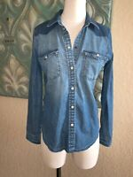 American Eagle Women's XS Shirt Blue Two Tone Denim Chambray Western Pearl Snap