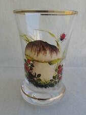 älterer Glas Becher mit Emailbemalung Pilze Beeren dem Biedermeier nachempfunden