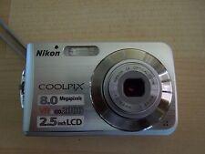 NIKON COOLPIX S210 SILVER (8.0 MP)MACCHINA FOTOGRAFICA DIGITALE.FOTOCAMERA