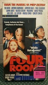 Four Rooms VHS Tape Tim Roth Quentin Tarantino