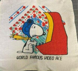 Vintage Charlie Brown Peanuts Bath Towel Set